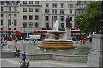 TQ2980 : Fountain, Trafalgar Square by N Chadwick