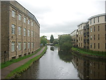 SE1537 : Leeds & Liverpool Canal by Stephen Armstrong