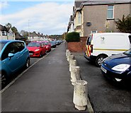ST3186 : Concrete posts between Mendalgief Road and Alice Street, Newport by Jaggery
