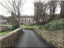 SM7525 : Walled driveway by Alan Hughes