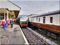 SD8010 : DMU at Platform 3 by David Dixon