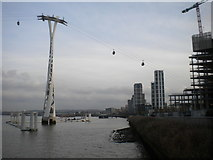 TQ3980 : Riverbank, North Greenwich by Richard Vince