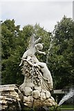 SU9185 : Right side statues by Bill Nicholls