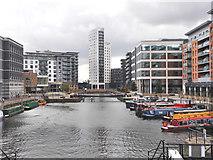 SE3032 : Leeds dock by derek dye