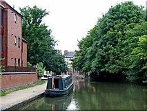 SO8554 : Canal approaching Worcester city centre by Roger  Kidd