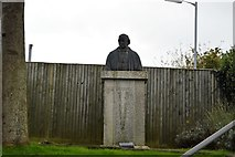SX4358 : Statue of Brunel by N Chadwick