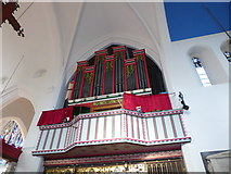 TQ2160 : Inside St Martin of Tours Epsom (11) by Basher Eyre