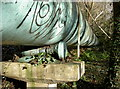 ST6470 : Big bobbins by Neil Owen