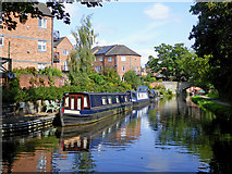 SO8275 : Canal near Aggborough in Kidderminster, Worcestershire by Roger  Kidd