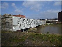ST5672 : Ashton Avenue Bridge by Eirian Evans