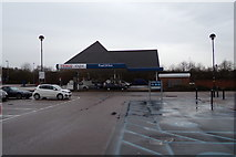 TL2210 : Tesco Extra Fuel Filling Station, Hatfield by Adrian Cable