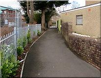 ST3096 : Path on the northwest side of Edlogan Way, Croesyceiliog, Cwmbran by Jaggery