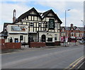 ST3087 : Bassaleg Road side of the Hand Post Hotel, Newport by Jaggery