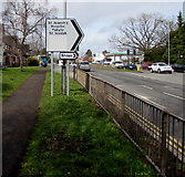 ST3091 : Updated direction sign, Malpas Road, Newport by Jaggery