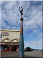 SD3317 : Sculpture of a diver, Southport Promenade by Stephen Craven
