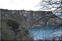 SX9364 : Cliffs, Long Quarry Point by N Chadwick