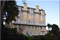 SX9262 : Hotel, Daddyhole Plain by N Chadwick