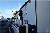 SX9372 : Terrace, Shaldon by N Chadwick