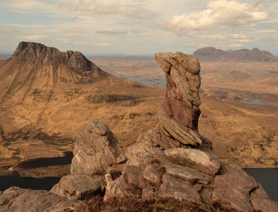NC1007 : Rock Pinnacle on Beinn an Eoin, Wester Ross by Andrew Tryon