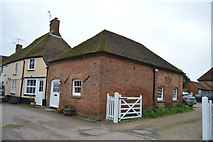 TR2258 : Outbuilding, Court Farm by N Chadwick
