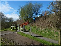 NS3977 : Blocked path to the Blue Bridge by Lairich Rig