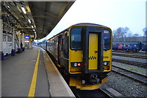 SX9193 : GWR train, Exeter St Davids Station by N Chadwick