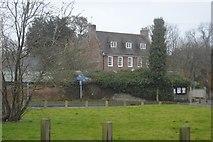 TR2254 : Manor Farmhouse by N Chadwick