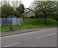 ST1596 : Wales & West Utilities gas installation, High Street, Fleur-de-lis by Jaggery