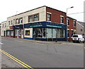 ST1586 : Lewis Opticians on a Caerphilly corner by Jaggery