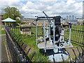 TQ6574 : Anti-aircraft gun at New Tavern Fort by Marathon