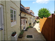 SP0957 : Lemon cottages off Henley Street, Alcester by Jeff Gogarty