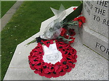 NR2163 : Wreath of Poppies at the Cross of Sacrifice by M J Richardson