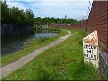 SD7328 : Milepost along the Leeds and Liverpool Canal by Mat Fascione