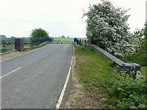 SK6515 : Rearsby Road bridge, Thrussington by Alan Murray-Rust