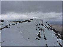 NN3340 : Cornice above the east face of Beinn an Dòthaidh by Richard Law
