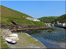 SX0991 : Boscastle Harbour by Gary Rogers