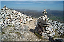 NG9963 : Conservation Cairn and summit of Leathad Buidhe by Julian Paren