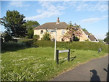 TL2659 : St Neots Road, Eltisley by David Howard