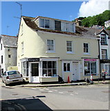 SX2553 : Manning's hair studio in West Looe by Jaggery