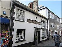 SX2553 : Ye Olde Salutation, Fore Street, East Looe by Jaggery