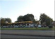 SO9492 : Tomlins car sales on Birmingham New Road by David Howard