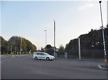 SO9394 : Birmingham New Road at the junction of Shaw Road by David Howard