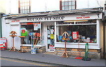 ST7593 : Pet Shop, Long Street, Wotton Under Edge, Gloucestershire 2014 by Ray Bird