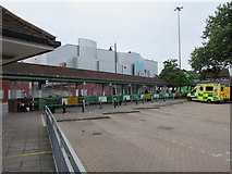 SU4766 : Busless Newbury Bus Station by Jaggery