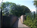 SO9496 : Footbridge View by Gordon Griffiths