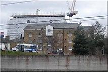 TR0142 : Former warehouse outside Ashford Station by N Chadwick