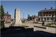 SE3221 : Wakefield Cenotaph by Mark Anderson