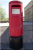SE3320 : Elizabeth II postbox, Calder Vale Road by Mark Anderson