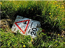H3990 : Discarded sign, Drumnahoe by Kenneth  Allen