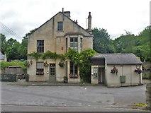 ST8260 : The Barge Inn by Michael Dibb